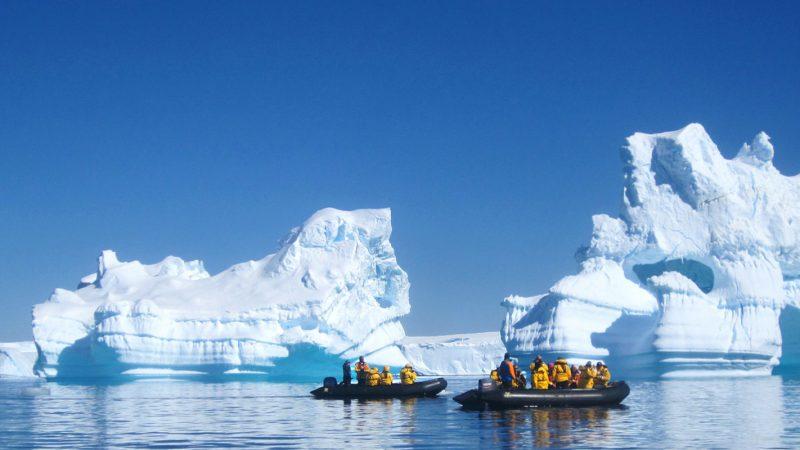 Quark Expeditions – Arctique & Antartique