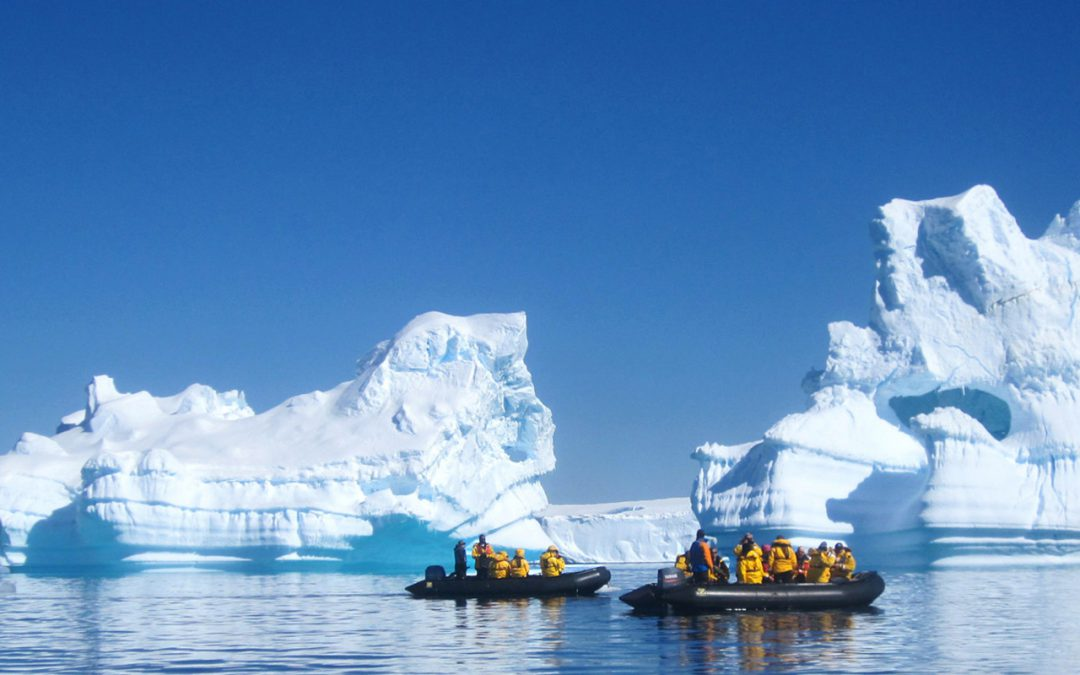 Quark Expeditions – Arctique & Antartique